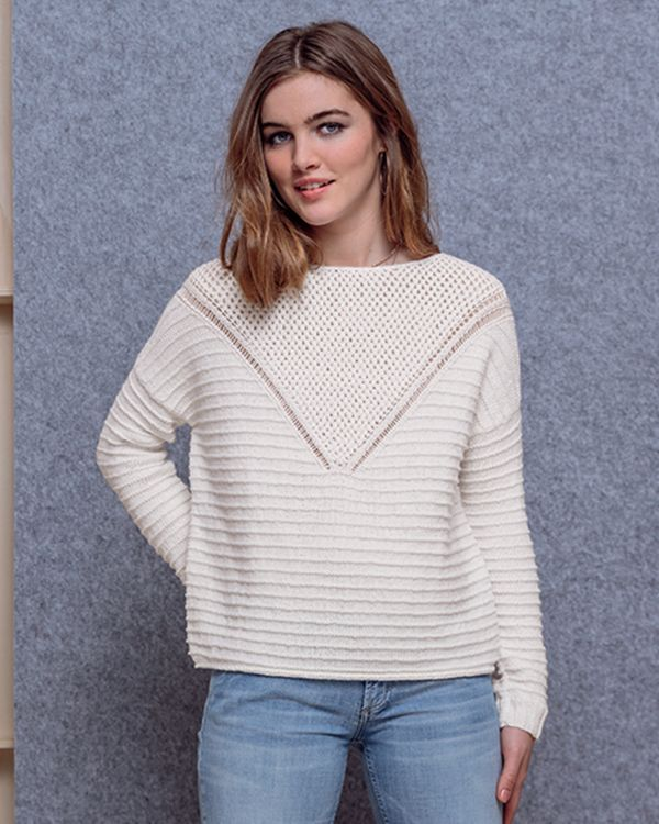 Modèle Pull Lilly