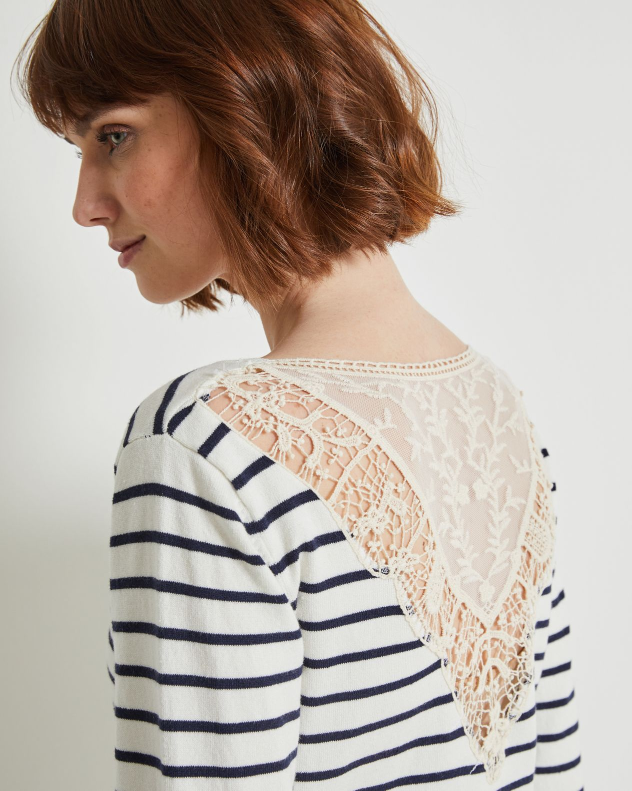 Pull femme marinière broderies dos