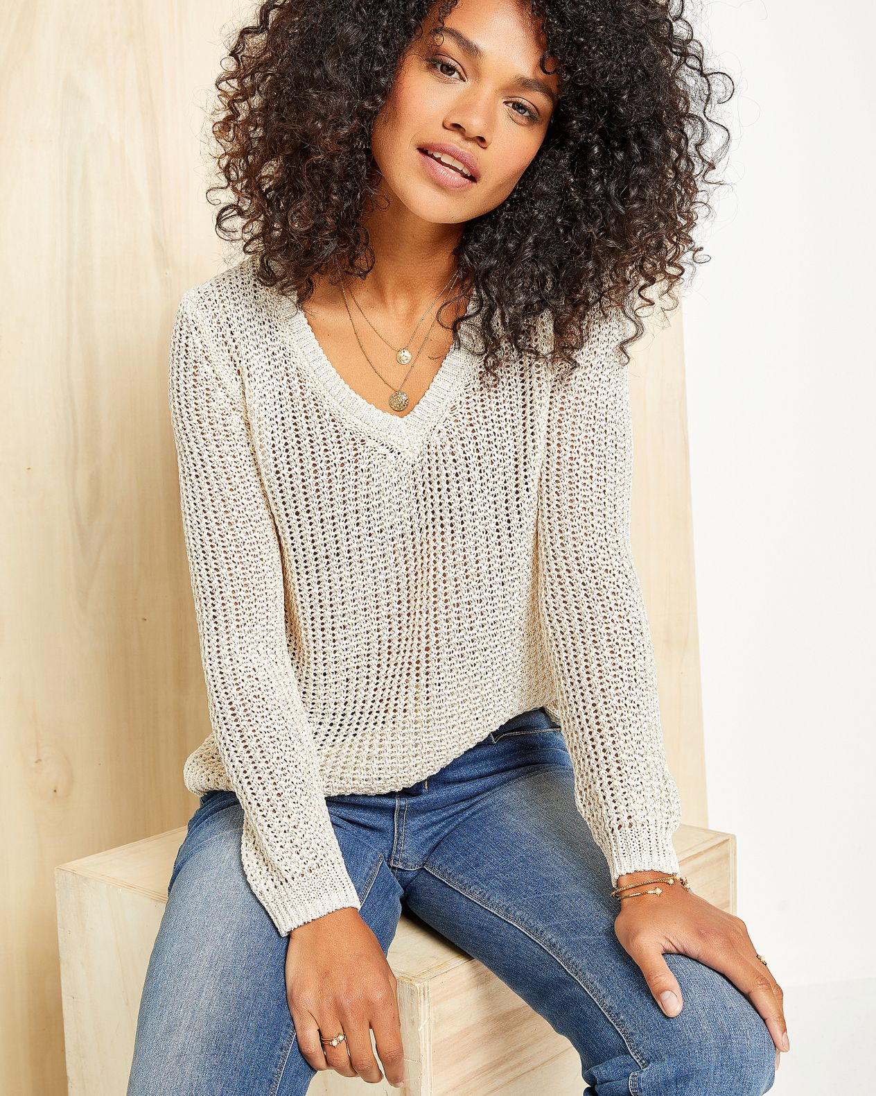Pull femme maille filet ouverture dos