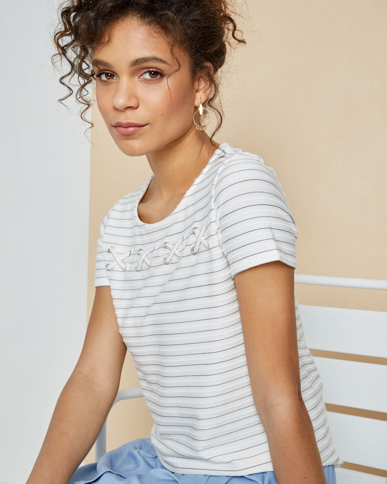T-shirt femme rayé noeuds relief