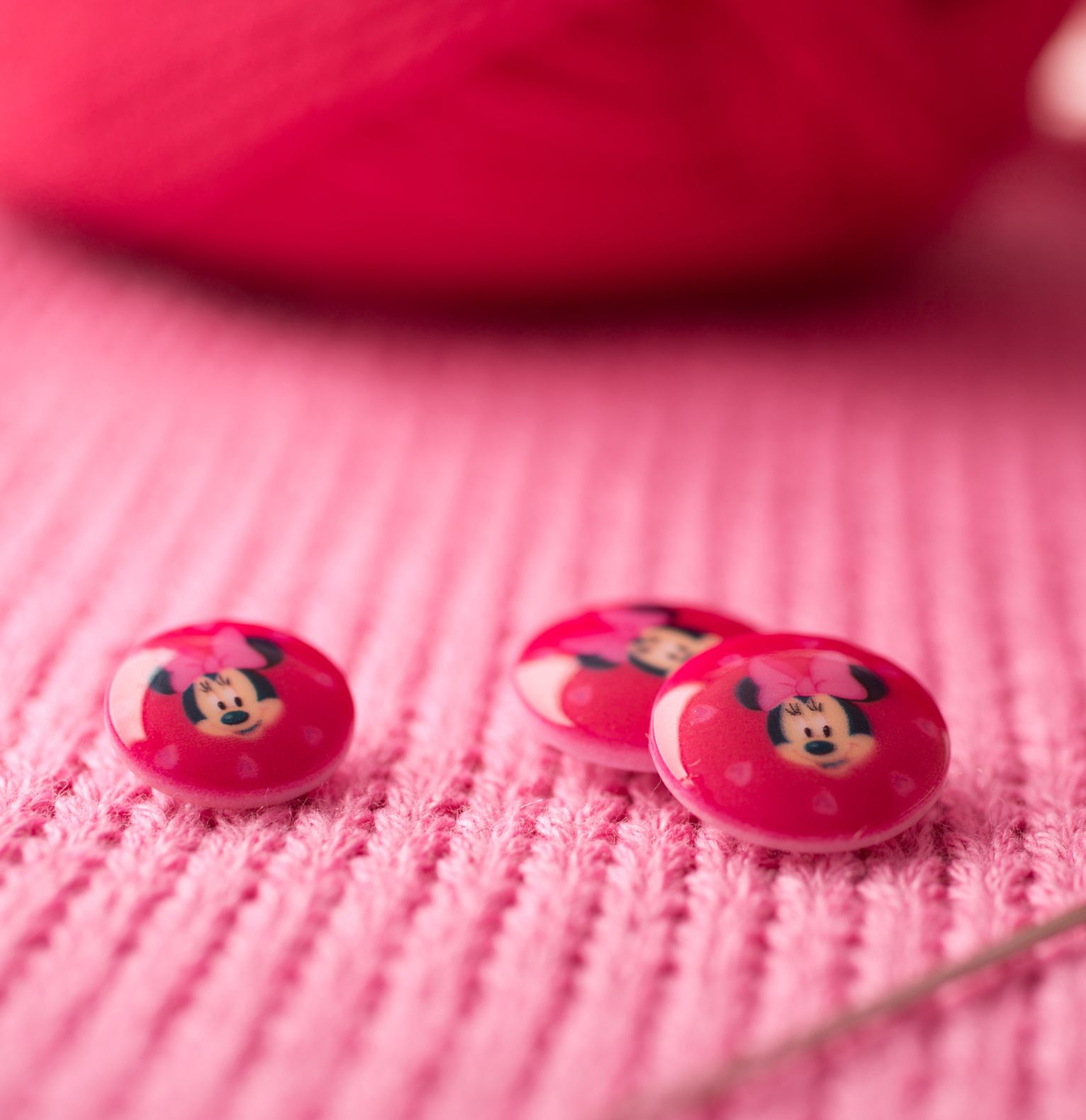 Bouton Disney Fuschia - Minnie