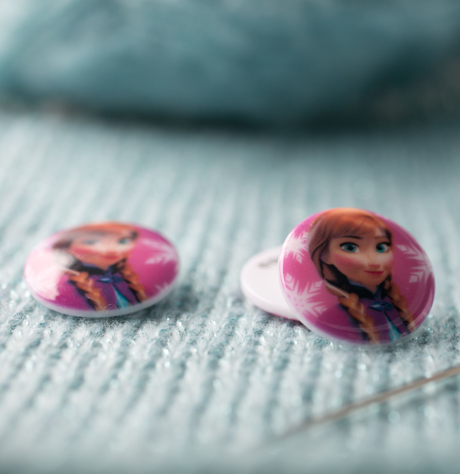 Bouton Disney rose - Anna - 22mm