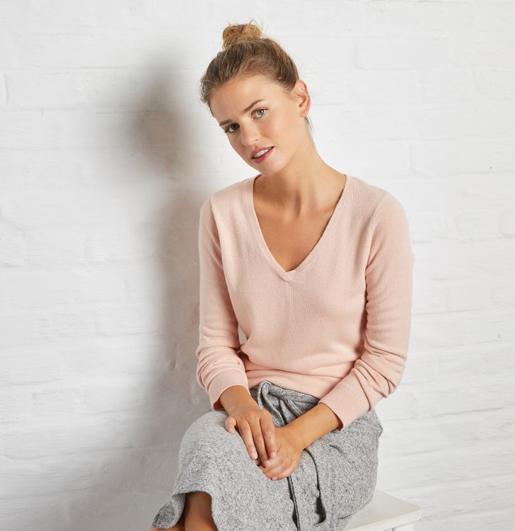 Pull casual col V femme
